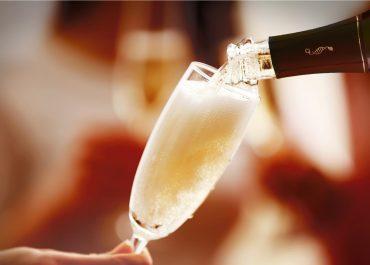 Copyright_MateretFilii-Sabrer-Sabler-Champagne