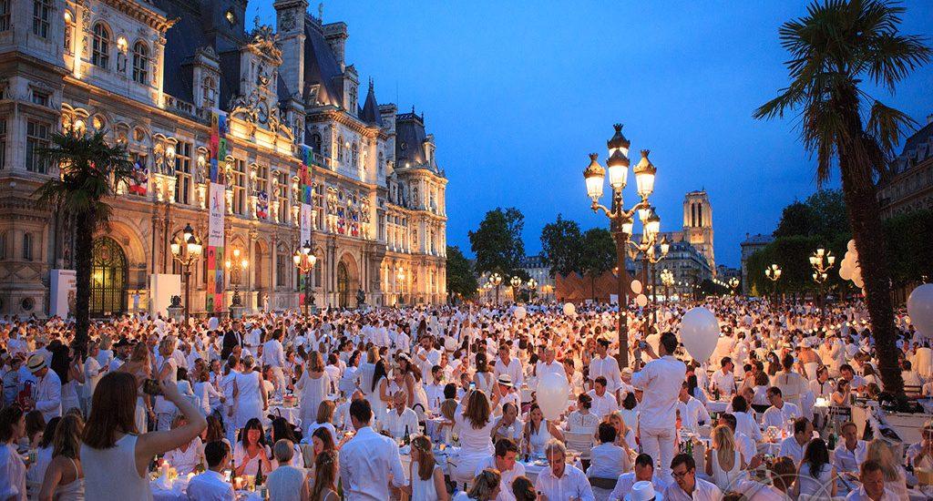 0b67156c5ca14b 2018 White dinner in Paris - Mater & Filii
